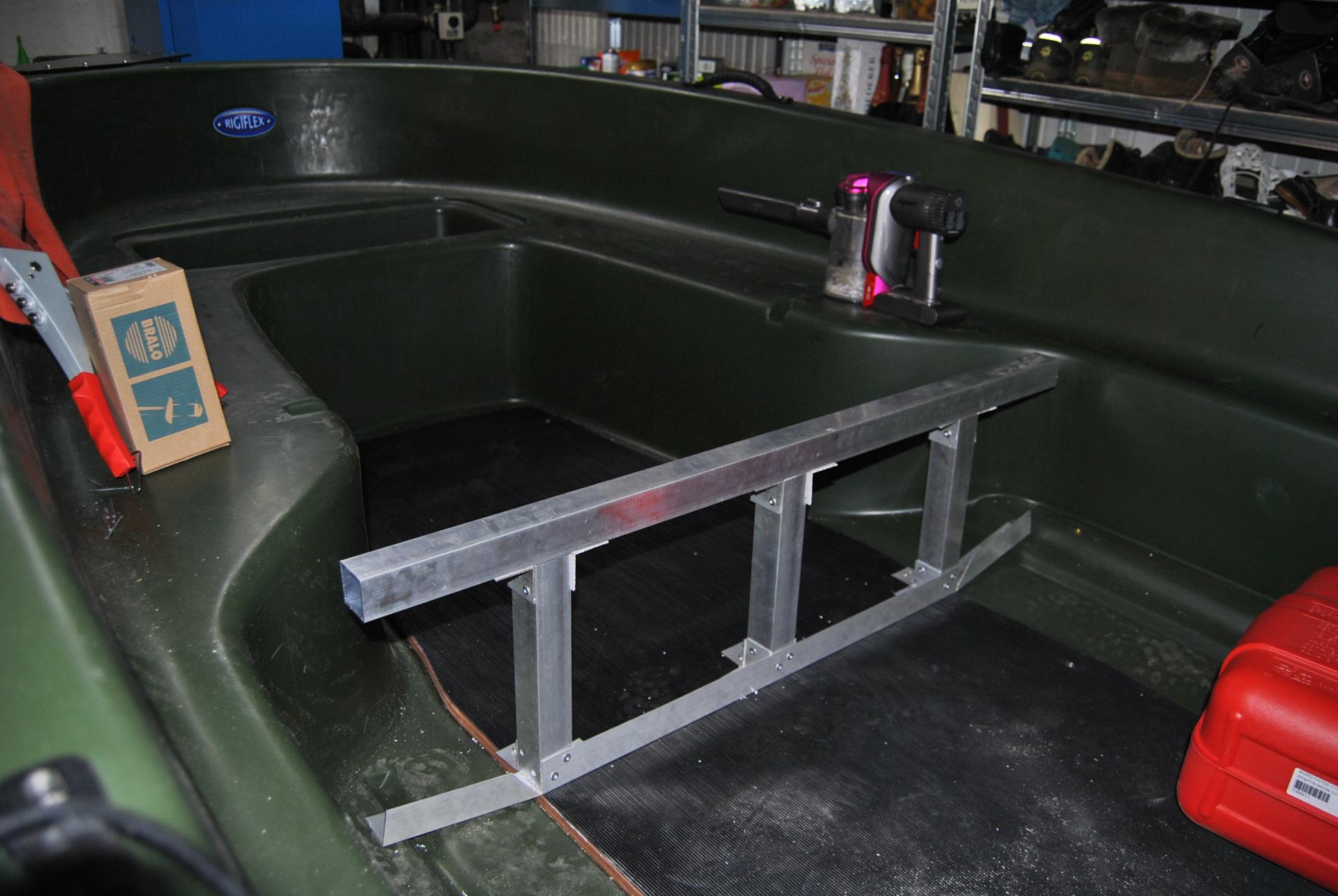 Cap 370: pontage bass boat: SUITE ET FIN :) DSC_1841